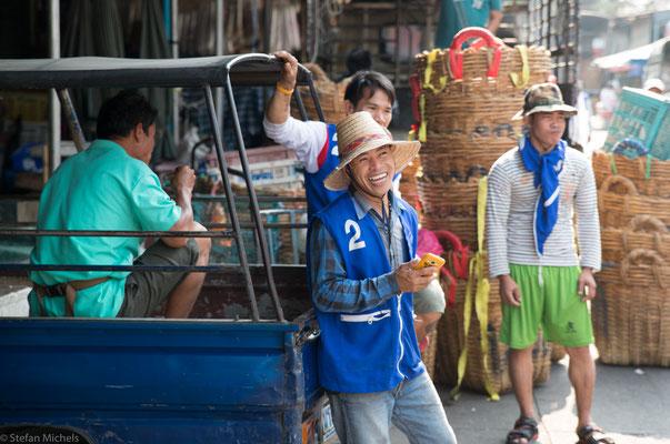 Poo ist auch geradeheraus, wenn sie über ihre Kundschaft spricht, die Farangs, wie die Thais Ausländer nennen.