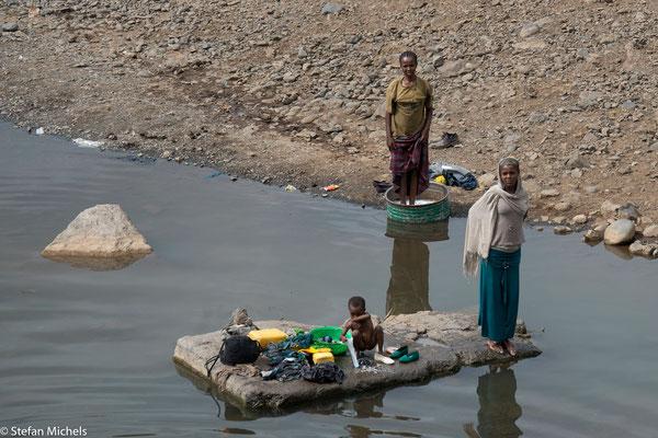 Waschstelle in einem der vielen Flüsse.