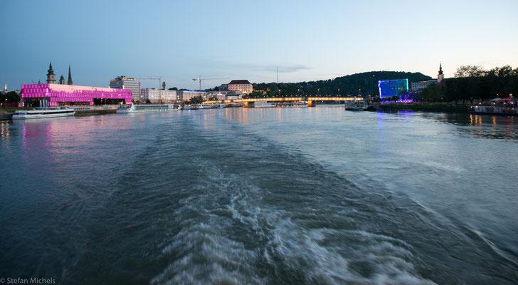 Abendstimmung bei Linz, der zweitgrößten Stadt Österreichs.