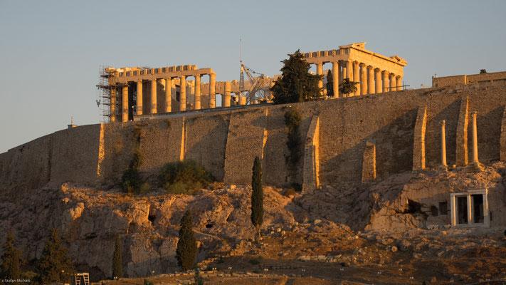 Athen- die Akropolis bestimmt das Stadtbild