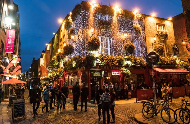 Unser Auftakt in Dublin, im Ortsteil Temple Bar, dem Kneipen- und Feierviertel.
