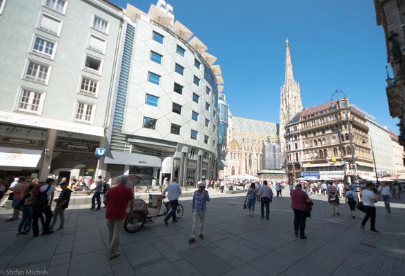 Ab 1551 begann die Zeit der Rekatholisierung der Stadt, die durch die Lehre des Martin Luther ziemlich rasch protestantisch geworden war.
