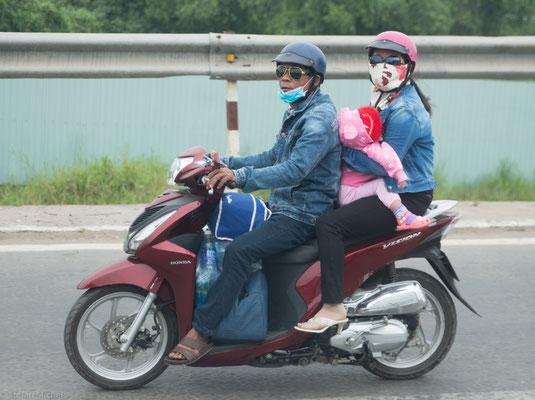 80 Mio. Mopeds bei 70 Mio. Einwohner.