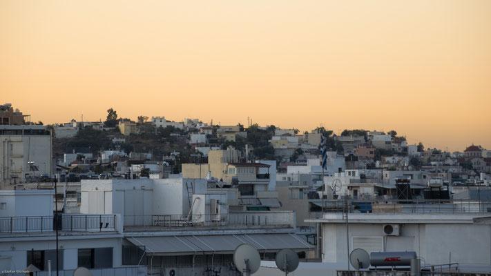Athen hat ca. 700.000 Einwohner.