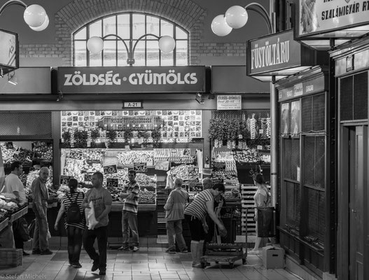 Bis 1932 war die Markthalle der größte und wichtigste Marktplatz in Budapest.