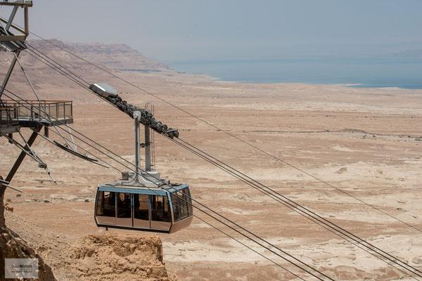 "Auf die Festung Masada, ein nationales ""Heiligtum"" Israels."