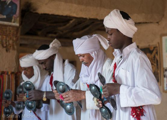 Gnaoua -Die Gnaouamusik stammt ursprünglich aus Senegal, Sudan und Ghana.