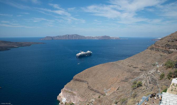 Die Santorin-Inselgruppe liegt im südlichen Ägäischen Meer etwa 120 km nördlich von Kreta.