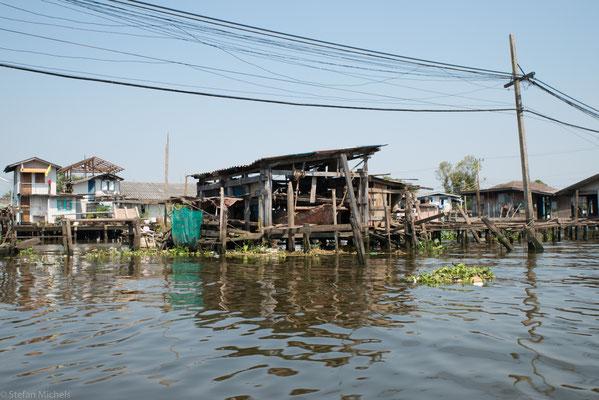 Im Stadtteil Thonburi und Bangkok gibt es noch einige größere Khlongs.