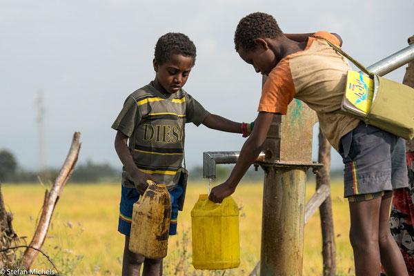 Nur 55 % der Bevölkerung verfügen über sauberes Trinkwasser.