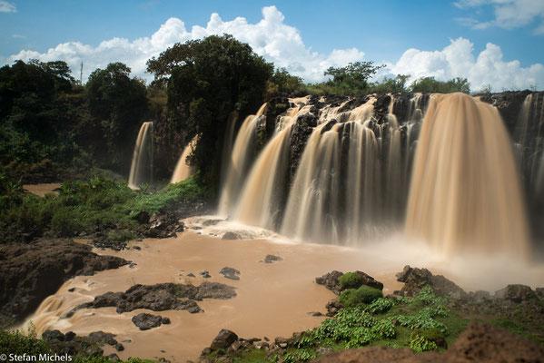 Der blaue Nil - Durch Erosion und Schlemmerde  färbt sich der Nil braun - fruchtbares Wasser für Ägypten.