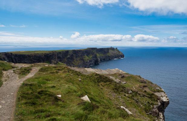 Die Cliffs of Moher sind ein beliebter Drehort. So entstanden hier Szenen unter anderem für Harry Potter, Hear My Song und Die Braut des Prinzen und Star Wars Episode 7.
