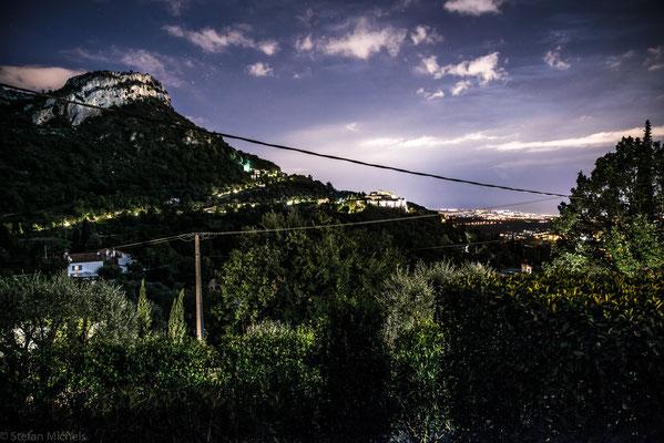 Abendstimmung  -Blick von unserer Terrasse auf Nizza.