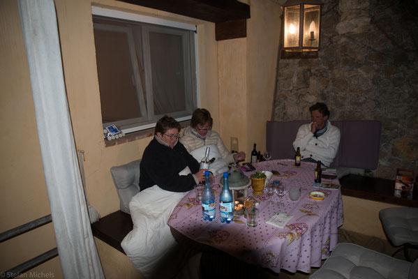 Abendstimmung auf unserer Terrasse.