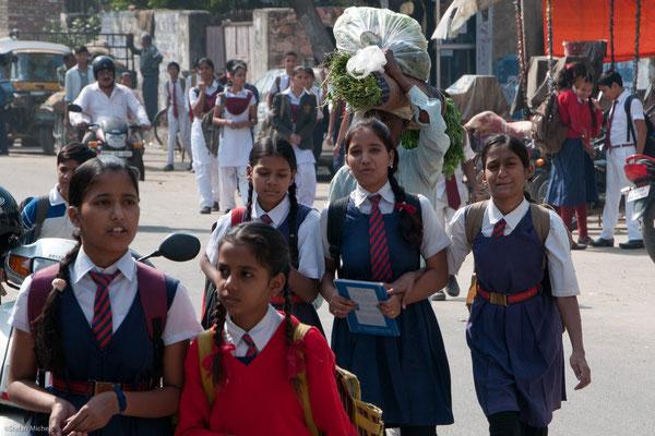 Schülerinnen in Jaipur