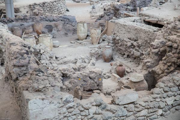 ie Stadt wurde in ihrer Blütezeit durch einen Vulkanausbruch verschüttet und so für über 3500 Jahre konserviert.
