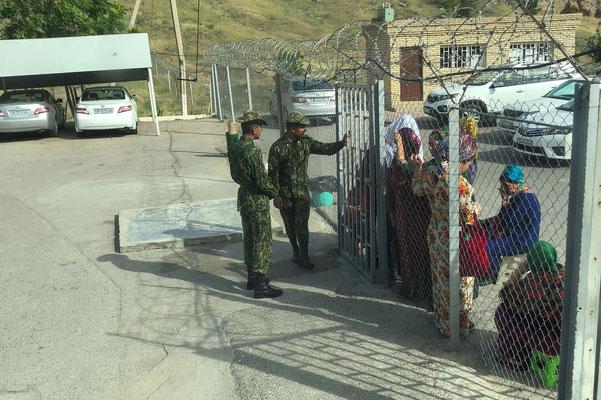 Ausreise aus Turkmenistan.