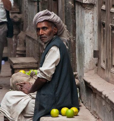 Blinder Obstverkäufer