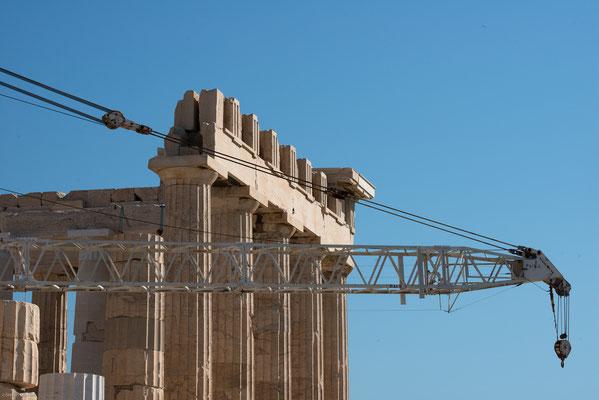 Nach der Eroberung durch die Osmanen 1456 wurde der Parthenon zur Moschee umfunktioniert und ein Minarett angebaut