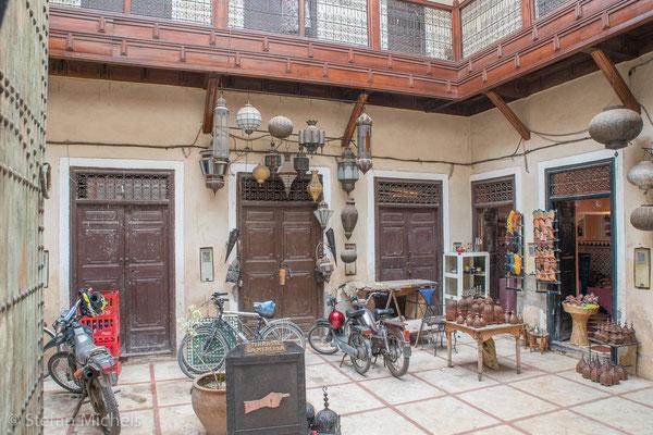 Marrakesh - Ein typischer Innenhof eines Gebäudes
