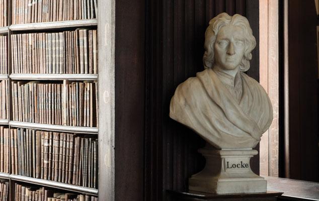 1732 gebaut, neben 200.000 alten Texten auch das berühmte Book of Kells.