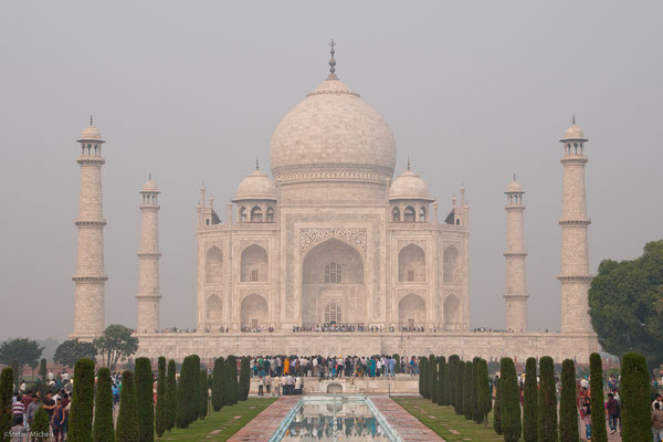 Taj Mahal, Am Fluss Yamuna errichtet