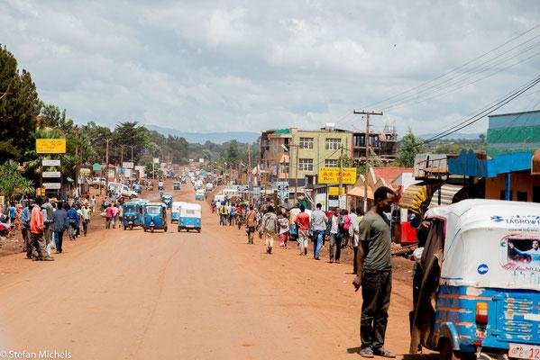 Die Hauptstraße zwischen Addis und Nairobi war wieder erreicht!