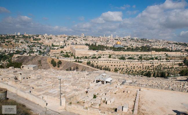 Blick vom Ölberg auf die Altstadt von Jerusalem.