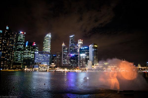 Singapur ist ein Stadtstaat in Südostasien. 1819 wurde Singapur von Sir Thomas Stamford Raffles als Handelsposten der East India Company errichtet.