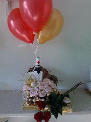 1бут.вино,22брФереро Роше,10 Мерси, 6 монетки,рози,балони - 75 лв.
