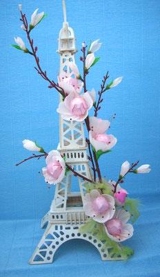 """""""Пролетта в Париж"""" Височина 53 см, 10 бр. Рафаело - 25 лв."""