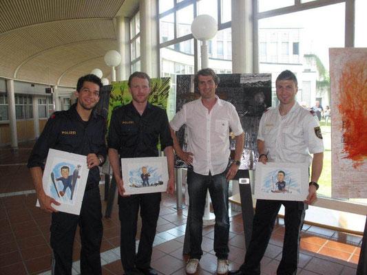 Ausstellung Bundespolizeidirektion Salzburg mit Spitzensportlern (Karikaturen von Michi Hendrich)