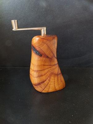 Musktamühle Muskatreibe Eibe 3 Muskatreibe Unikat handarbeit Einzelstück Holz