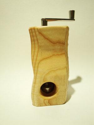 Muskatmühle / Muskatreibe  Unikat Design handarbeit Einzelstück Holz geriegelte Esche