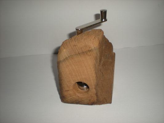Muskatmühle Holz Eiche Muskatreibe Unikat handarbeit Einzelstück Holz