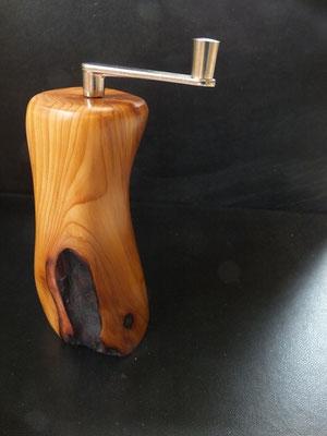 Musktamühle Muskatreibe Eibe 6 Muskatreibe Unikat handarbeit Einzelstück Holz