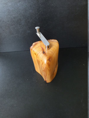 Muskatmühle / Muskatreibe Eibe Muskatreibe Unikat handarbeit Einzelstück Holz