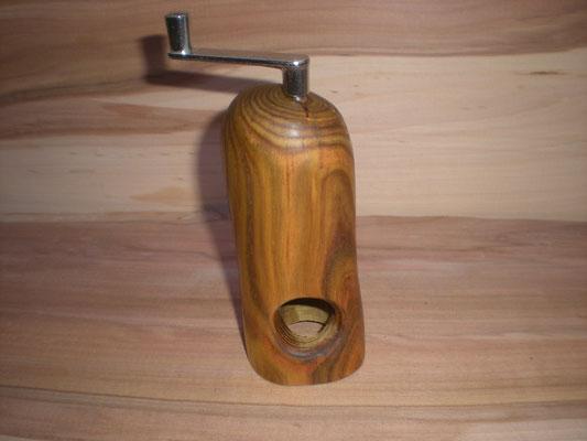 Muskatmühle Holz  Muskatreibe Unikat handarbeit Einzelstück Holz