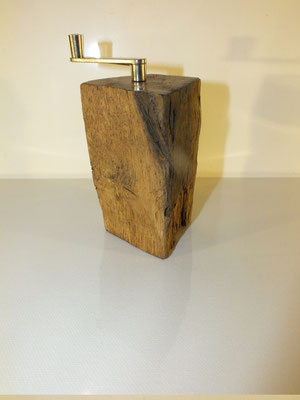 Muskatmühle Muskatreibe Holz Eiche 6