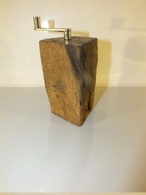 Muskatmühle / Muskatreibe  Unikat Design handarbeit Einzelstück Holz Eiche 6
