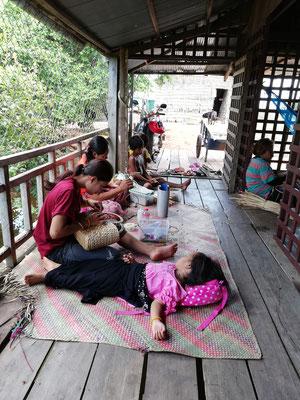 ウォーターヒヤシンンス製品 製作作業 #Pavanasara #Water hyacinth bag