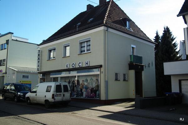 Koch Textilien, Dudweiler, Trierer Straße 9