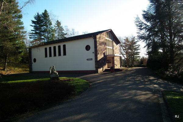 Friedhof Dudweiler, Einsegnunshalle