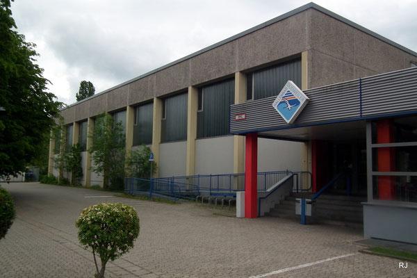 Sporthalle beim Hallenbad