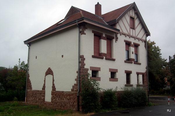 separater eingang zum gefaengnis, rathaus, dudweiler