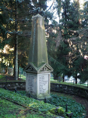 Gedenkstein Friedhof Herrensohr, Grubenunglücke 1887 in Camphausen und Dudweiler