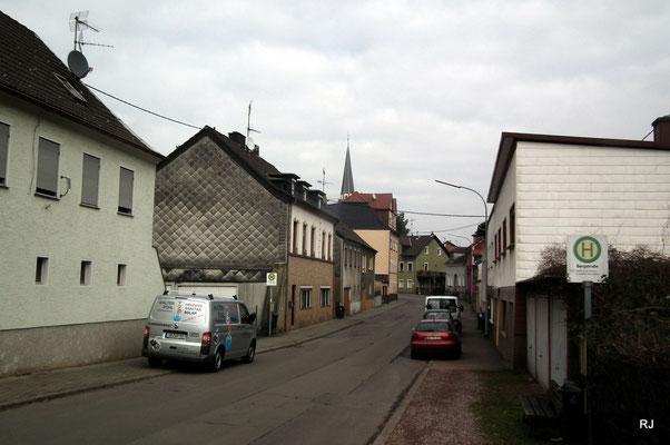 Eisenbahnstraße Herrensohr