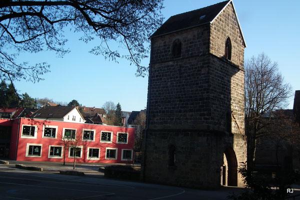 Grundschule, Turmschule, Saarbrücker Str. 289,  Nachmittagsbetreuung und Alter Turm
