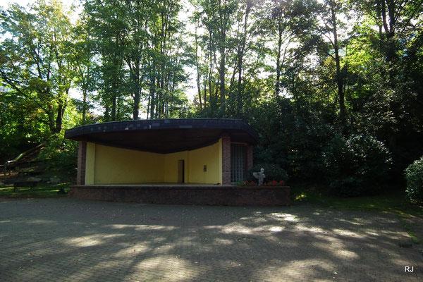 Stadtpark Dudweiler, Bühne