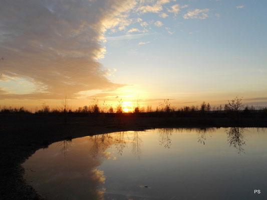 Halde Lydia, Himmelsspiegel mit Sonnenuntergang